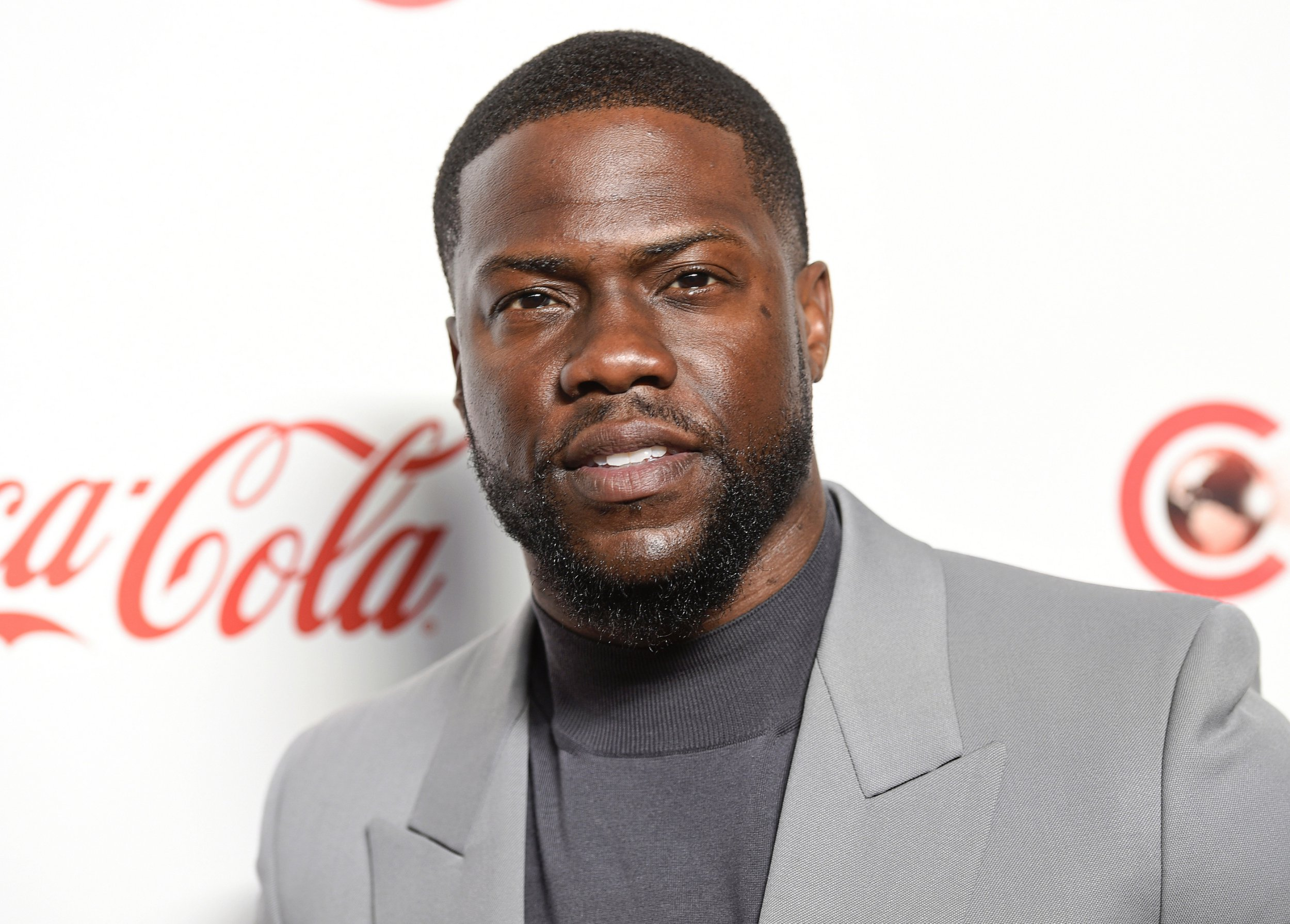 Kevin Hart \u0027returns to work\u0027 as he recovers from serious car