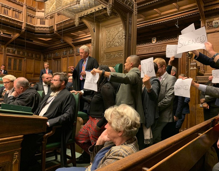 METROGRAB - Scuffles in the commons From @StephenMorganMP/Twitter https://twitter.com/StephenMorganMP/status/1171218643881009157/photo/1