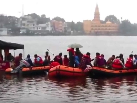 At least 12 dead as tourist boat capsizes in India
