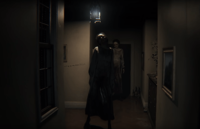 Two ghost's called Lisa are standing in a hallway in playabe teaser P.T.