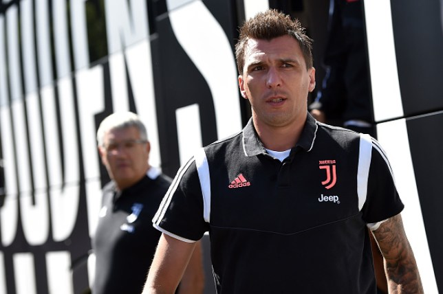Paul Ince disagrees with Dimitar Berbatov over Manchester United target Mario Mandzukic