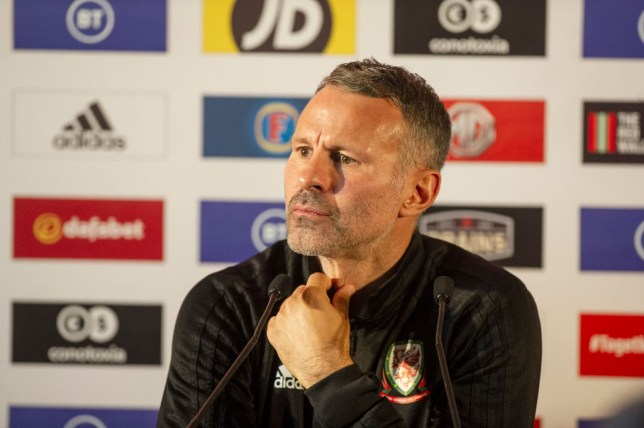 Ryan Giggs says Manchester United need another 'five or six' new signings