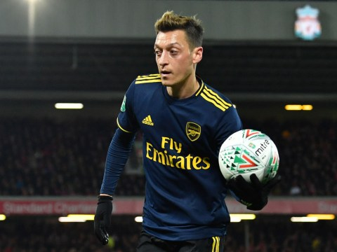 Jamie Carragher sends message to Unai Emery over Mesut Ozil after Liverpool beat Arsenal
