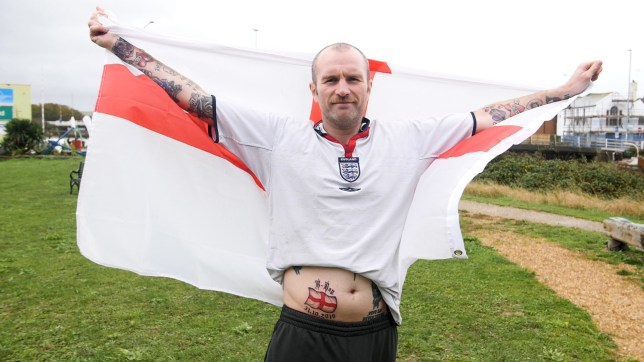 A comedian is hoping to get some belly laughs with his new Berxit tattoo after getting October 31 inked on his stomach. The St George?s Cross tattoo is emblazoned with the words ?B-Day? along with the EU departure date. Funny-man Ruari Barrett ? also known as his alter ego Graham Staines, is a Brexit die-hard.