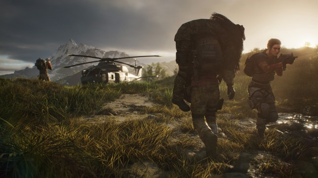 Soldiers evacuating to chopper in Ghost Recon Breakpoint
