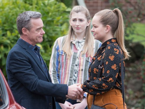 Neighbours spoilers: Harlow to be drawn into the cult that took her mum?