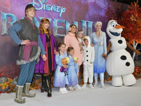 When is Frozen 2 released in the UK and do Anna and Elsa return?