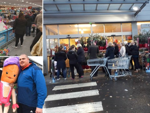 Thousands of adults 'shove' through Aldi to get Kevin the Carrot