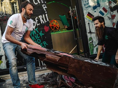 Chocolate Berlin Wall smashed to pieces in celebration of sweet taste of freedom