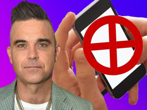 Robbie Williams hasn't owned a mobile phone since 2006 which means he's never had a smartphone
