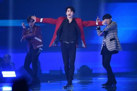 NCT 127 perform at the MTV EMAs