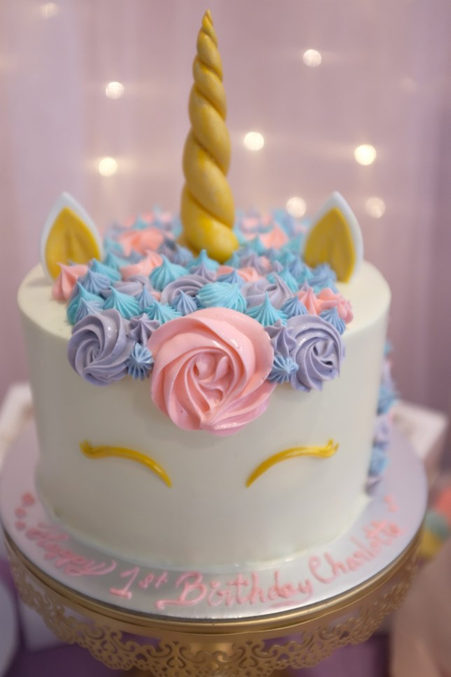 Cool Unicorn Cake Fail Was So Bad Its Ended Up In A Court Case Metro Funny Birthday Cards Online Overcheapnameinfo