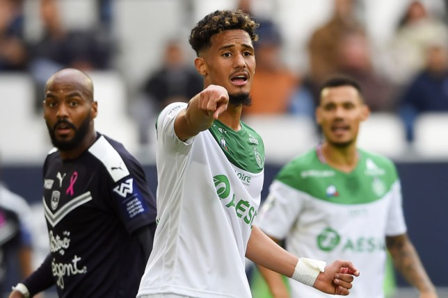 William Saliba gives orders to his team-mates during a game