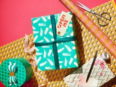 Can you recycle wrapping paper in the UK?