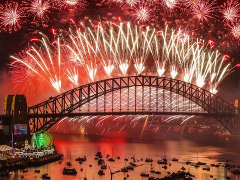 Sydney's iconic New Year's Eve fireworks to go ahead despite bushfires
