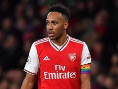 Jamie Carragher hits out at Pierre-Emerick Aubameyang during Arsenal's defeat to Man City