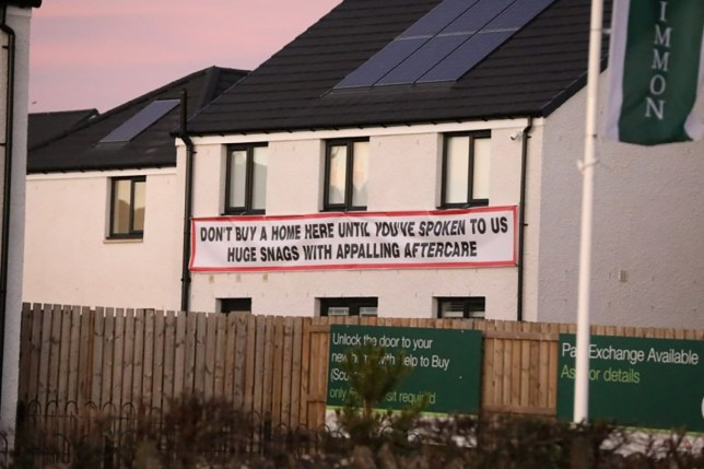 CASCADE NEWS PIX ??? NOTE ??? ONLINE EMBARGO OF MIDNIGHT ON ALL EVENING TELEGRAPH WORDS AND PIX - A HOMEOWNER has taken out his frustrations at developers by attaching a huge sign to the side of his house and warning against buying one of the new builds. The property within the Dykes of Gray development in Dundee has caused a stir among the local community after it was hung at the back of the property more than three weeks ago. Would-be buyers visiting the Persimmon showroom are likely to be greeted by the sign on the house, which sits opposite and leaves visitors under no illusions as to what current one of the current residents thinks. The message on the signage reads: ???Don???t buy a home until you???ve spoken to us home snags with appalling aftercare.???