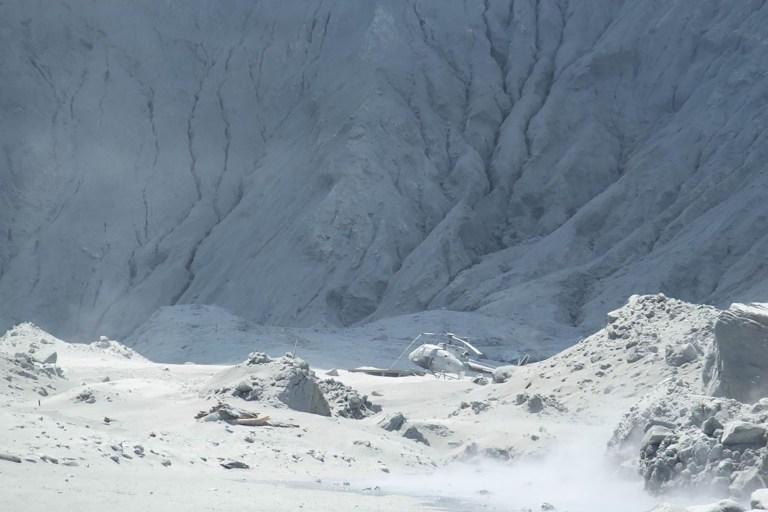 Letusan Gunung Berapi di Selandia Baru, Lima Orang Tewas