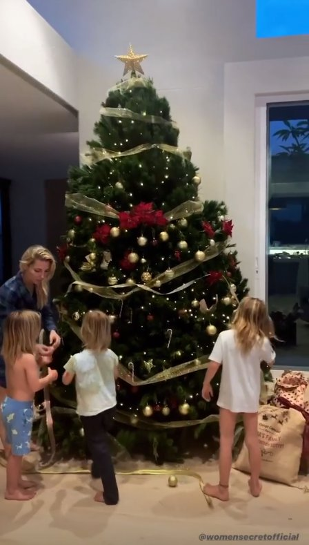 Christmas hits Chris Hemsworth's megamansion as Elsa Pataky puts up tree with their adorable kids