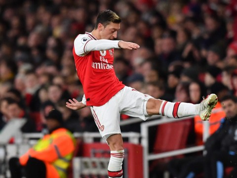 Martin Keown suggests Arsenal's Mesut Ozil is faking an injury