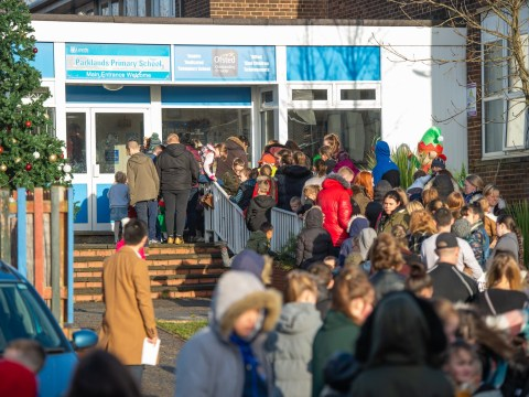 School opens to give presents and 800 Christmas dinners to underprivileged kids
