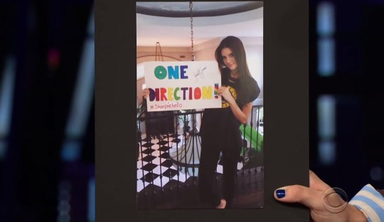 Harry Styles teases Kendall Jenner over super awkward One Direction superfan sign