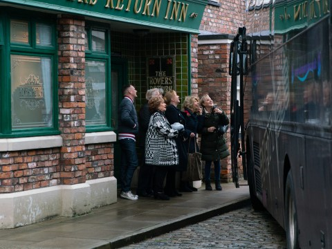 Coronation Street spoilers: Lives change in Blackpool chaos in 10,000th episode