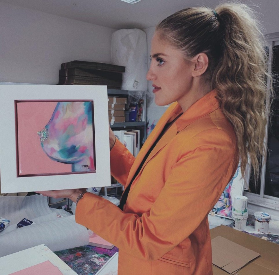 Instagram Artist Makes 1m In A Year Selling Naked Paintings Metro News