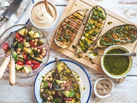 You will lose more weight with intermittent fasting, but Mediterranean diet is healthier long-term