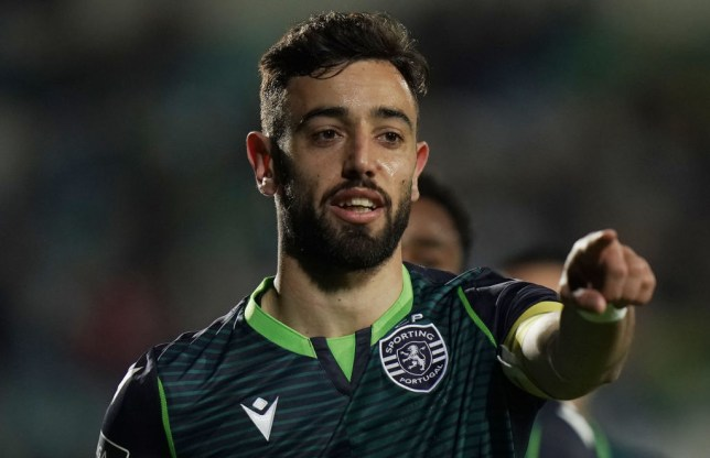 Bruno Fernandes celebrates the score for Sporting Lisbon
