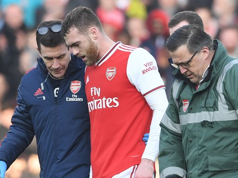 Calum Chambers sends message to Arsenal fans after suffering serious knee injury