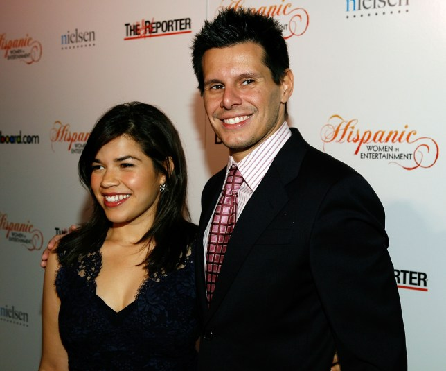 Flipboard Ugly Betty Cast Reacts To Series Creator S: Ugly Betty's America Ferrera Leads Tributes In Wake Of