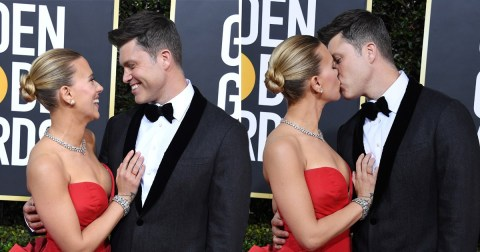 Scarlett Johansson And Colin Jost Share Kiss At The Golden Globes Metro News