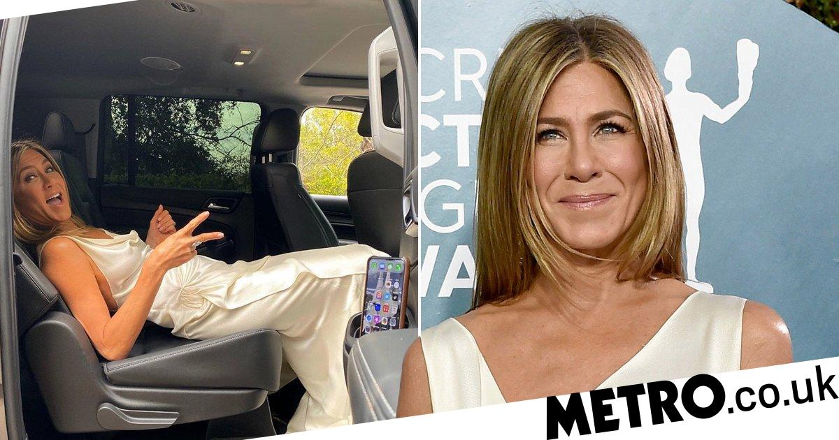 Jennifer Aniston reveals rather curious travel position to not crease dress