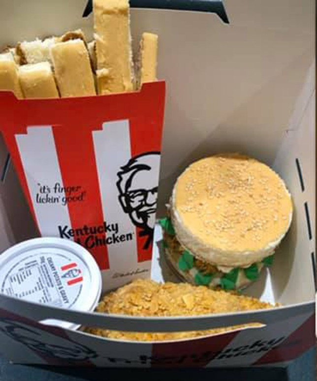 Mum makes incredible KFC cake for chicken loving sonTaken without permissionhttps://www.facebook.com/groups/2250957071596527/Picture: Woolies / Coles Mudcake Hacks