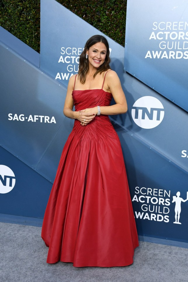 LOS ANGELES, CALIFORNIA - JANUARY 19: Jennifer Garner attends the 26th Annual Screen Actors??Guild Awards at The Shrine Auditorium on January 19, 2020 in Los Angeles, California. (Photo by Jon Kopaloff/Getty Images)