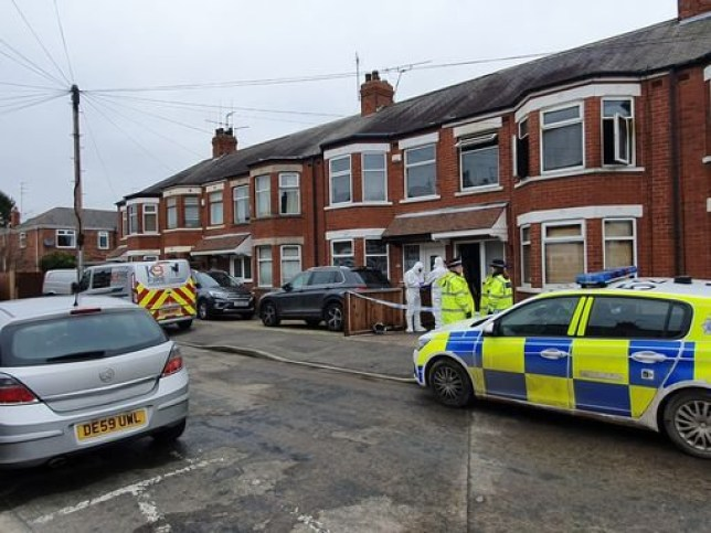 Man and girl, 10, die in house fire in Hull