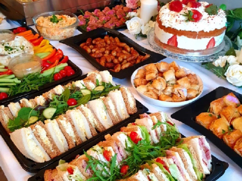 Mum creates incredible birthday buffet for 50 guests – at just £2 per head