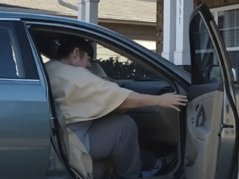 Moment newly-released serial killer arrives at her home and horrifies neighbors