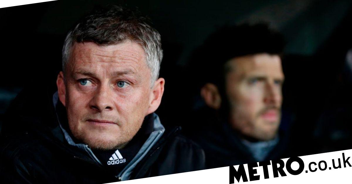 Solskjaer digs out Martial's Man Utd team-mates for failing to support striker