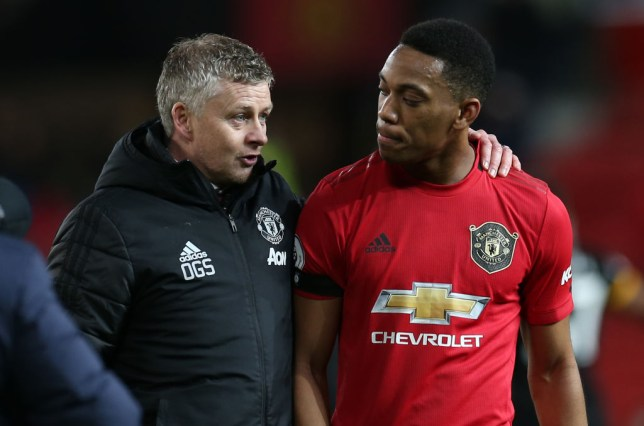 Ole Gunnar Solskjaer speaks to Anthony Martial after Manchester United's draw with Wolves