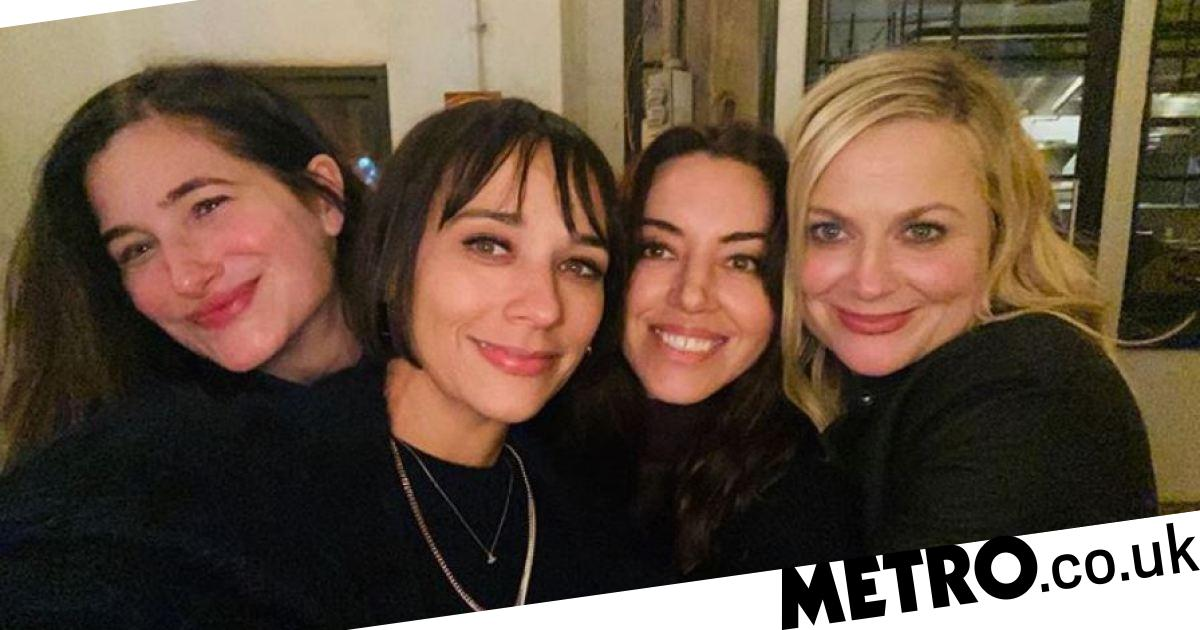 Parks and Recreation cast reunite for Galentine's Day