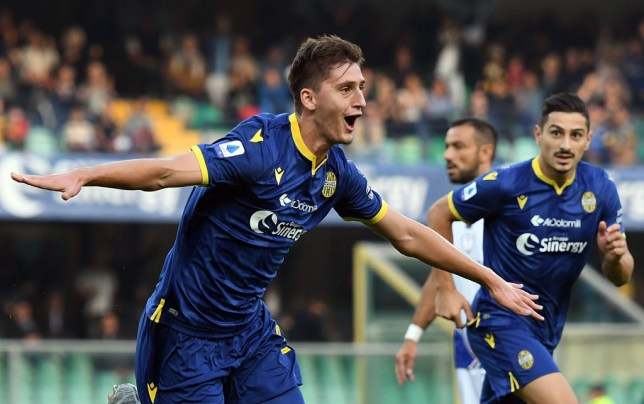 VERONA, ITALY - OCTOBER 05:  Marash Kumbulla of Hellas Verona  celebrates after scoring the opening goal during the Serie A match between Hellas Verona and UC Sampdoria at Stadio Marcantonio Bentegodi on October 5, 2019 in Verona, Italy.  (Photo by Alessandro Sabattini/Getty Images)