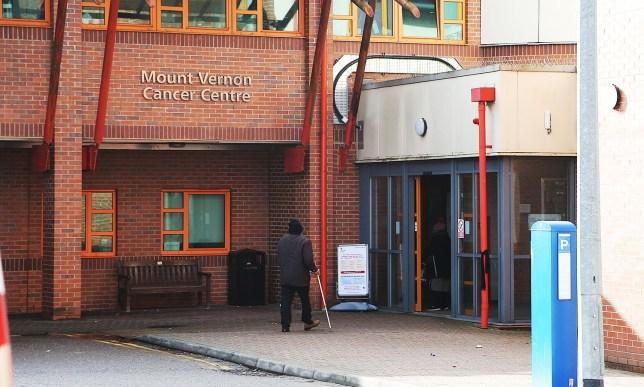 south beds news agency-luton-(fairleys)...mount vernon hospital....northwood....case of corona virus