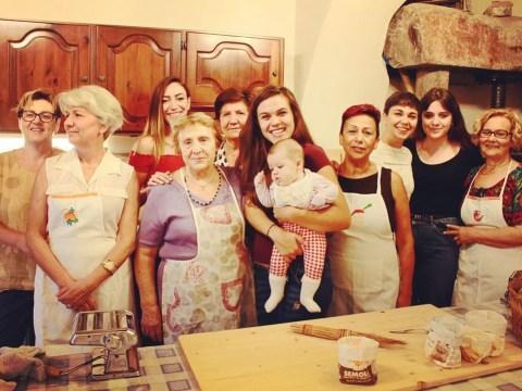 Italian grandma hosts virtual pasta-making classes for people in quarantine