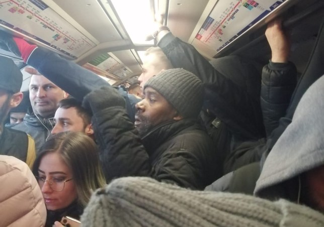 Picture: Liz Smith Tube STILL packed on day one of lockdown after services cut by https://twitter.com/LizSmith1986/status/1242347484548120577