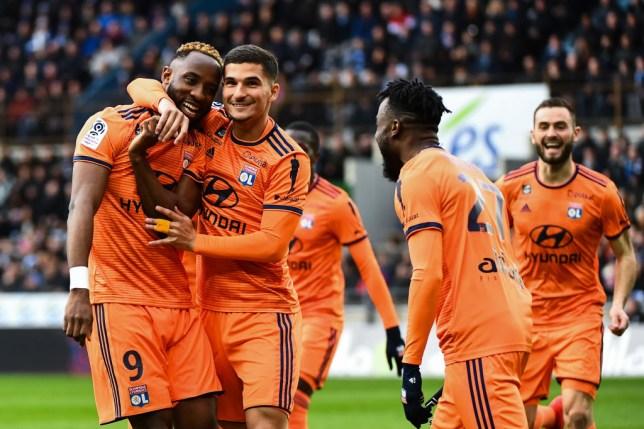 Moussa Dembele celebrates Lyon's goal with Aouar transfer