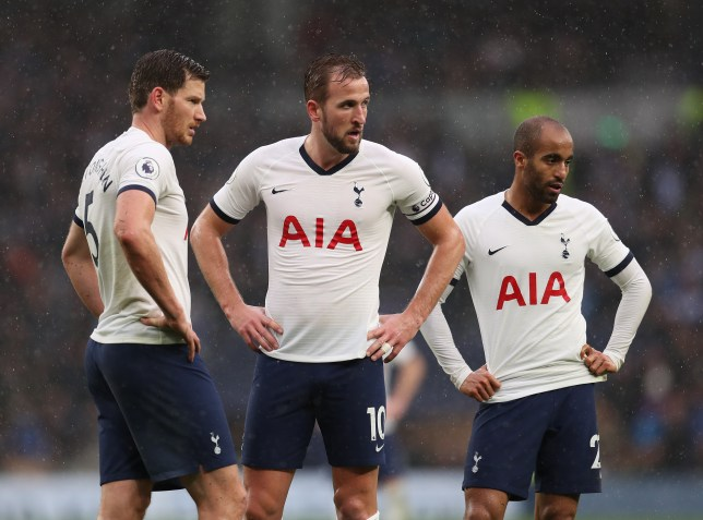 LONDON, ENGLAND - DECEMBER 26: Tottenham Hotspur Captain Harry Kane waits with teammates Jan Vertonghen and Lucas Moura for the second half during the Premier League match between Tottenham Hotspur and Brighton & Hove Albion at Tottenham Hotspur Stadium on December 26, 2019 in London, United Kingdom. (Photo by Catherine Ivill/Getty Images)