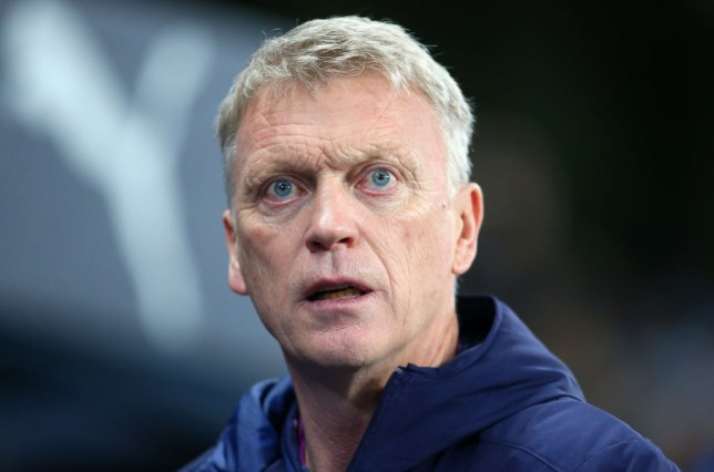 MANCHESTER, ENGLAND - FEBRUARY 19:  David Moyes the manager of West Ham United looks on during the Premier League match between Manchester City and West Ham United at Etihad Stadium on February 19, 2020 in Manchester, United Kingdom. (Photo by James Gill - Danehouse/Getty Images)