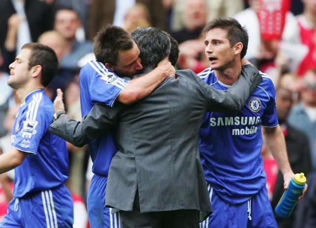 Jose Mourinho embraces John Terry and Frank Lampard after a Chelsea game